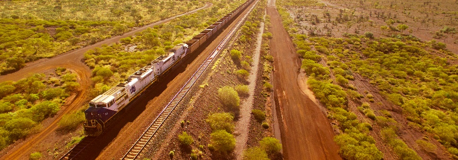 Fortescue rail in the Pilbara (cr: Fortescue Metals Group)
