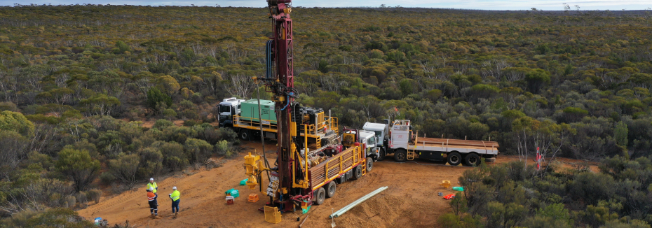 Test drilling for Mount Holland project (cr: Wesfarmers)