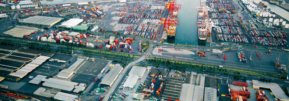 Port of Melbourne (cr: Seymour Whyte)